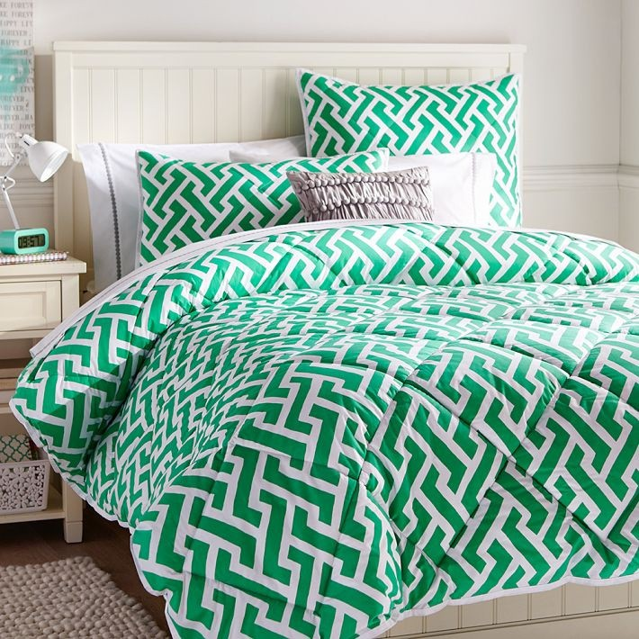 Green geometric comforter and sham