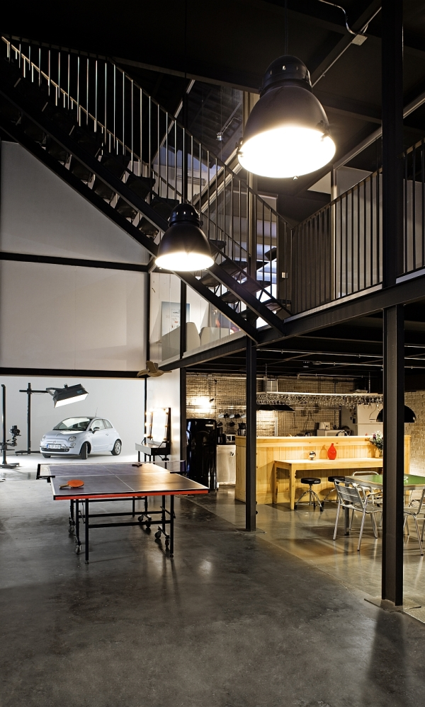 Large Industrial Style Focusse Lighting Inside The Pblok