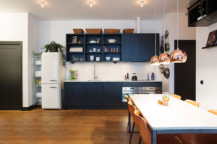 Lovely kitchen and dining with a touch of retro