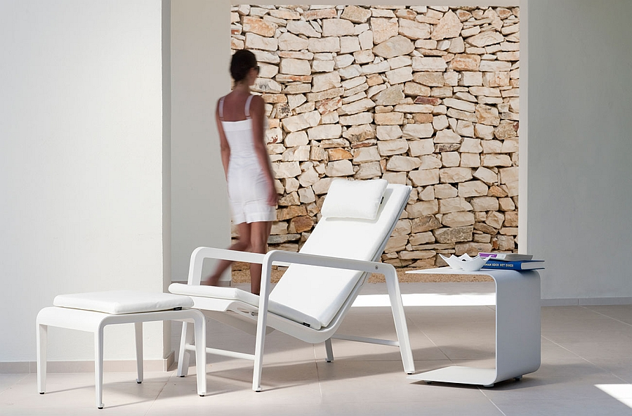 Mirthe adjustable easy chair in minimal white