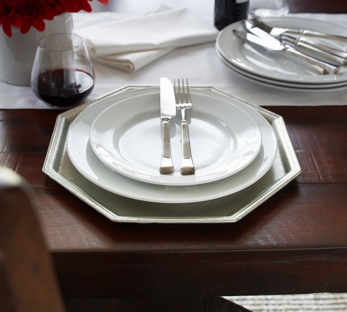 Octagonal chargers embellish a table setting
