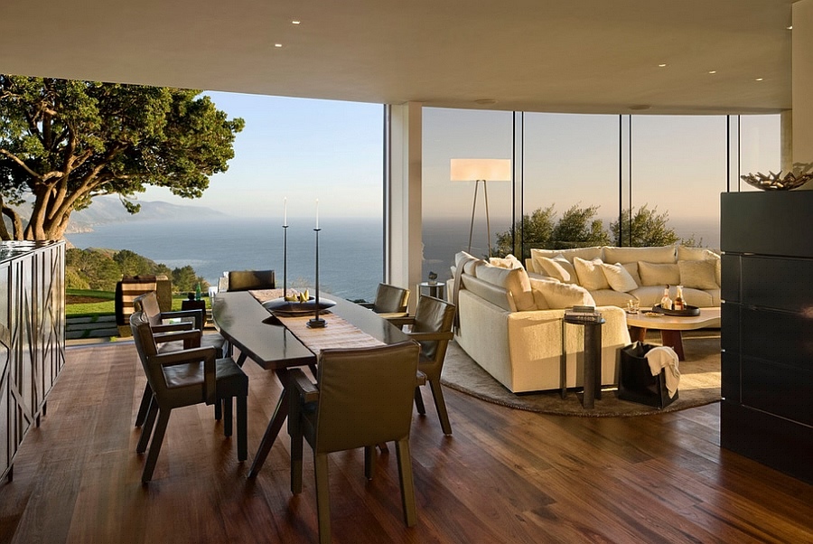 Open floor plan living area with stunning ocean views [Design: Studio Schicketanz]