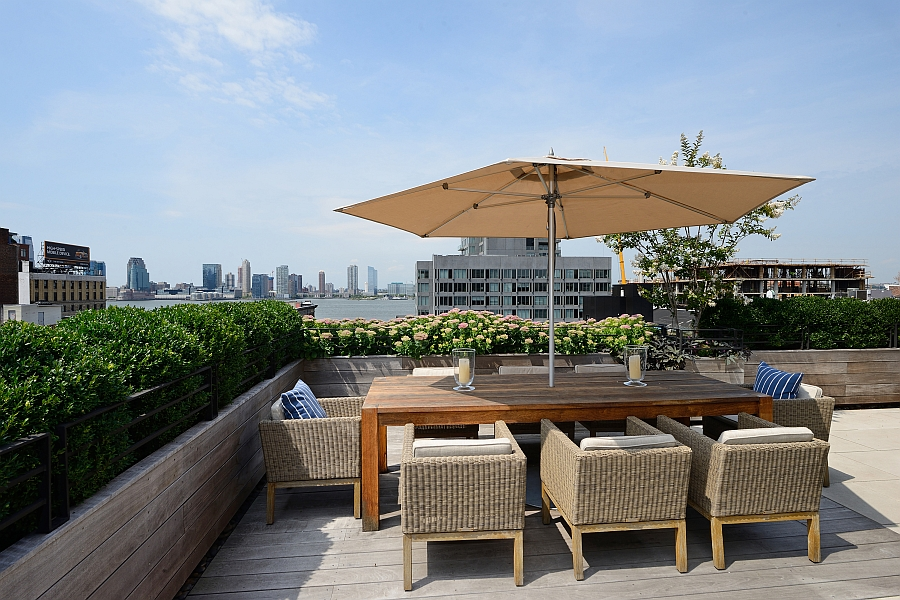 Outdoor formal rooftop dining area of the NYC Penthouse