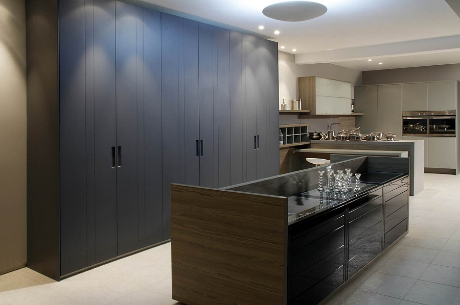 Polished kitchen display in the Florense Store