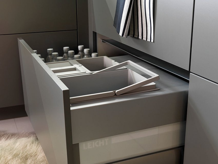 Pull-out-drawers-smart-storage-units
