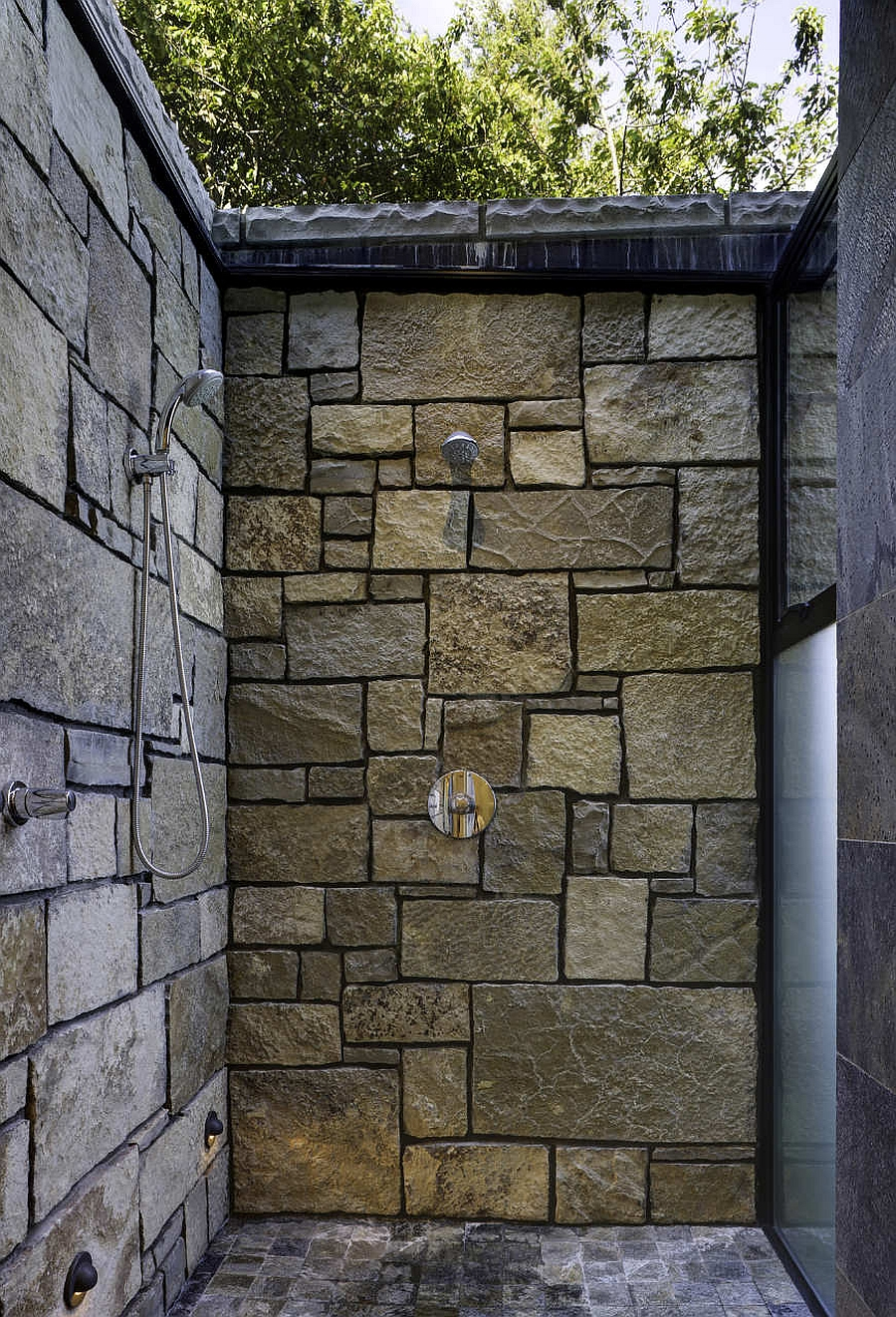 Shower area that is left open to the natural beauty outside