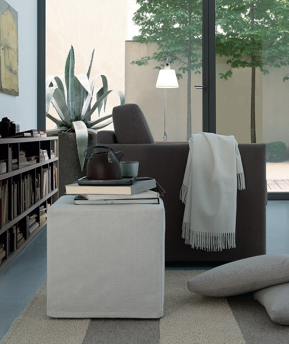 Smart leon pouf acts as the perfect side table in the living room