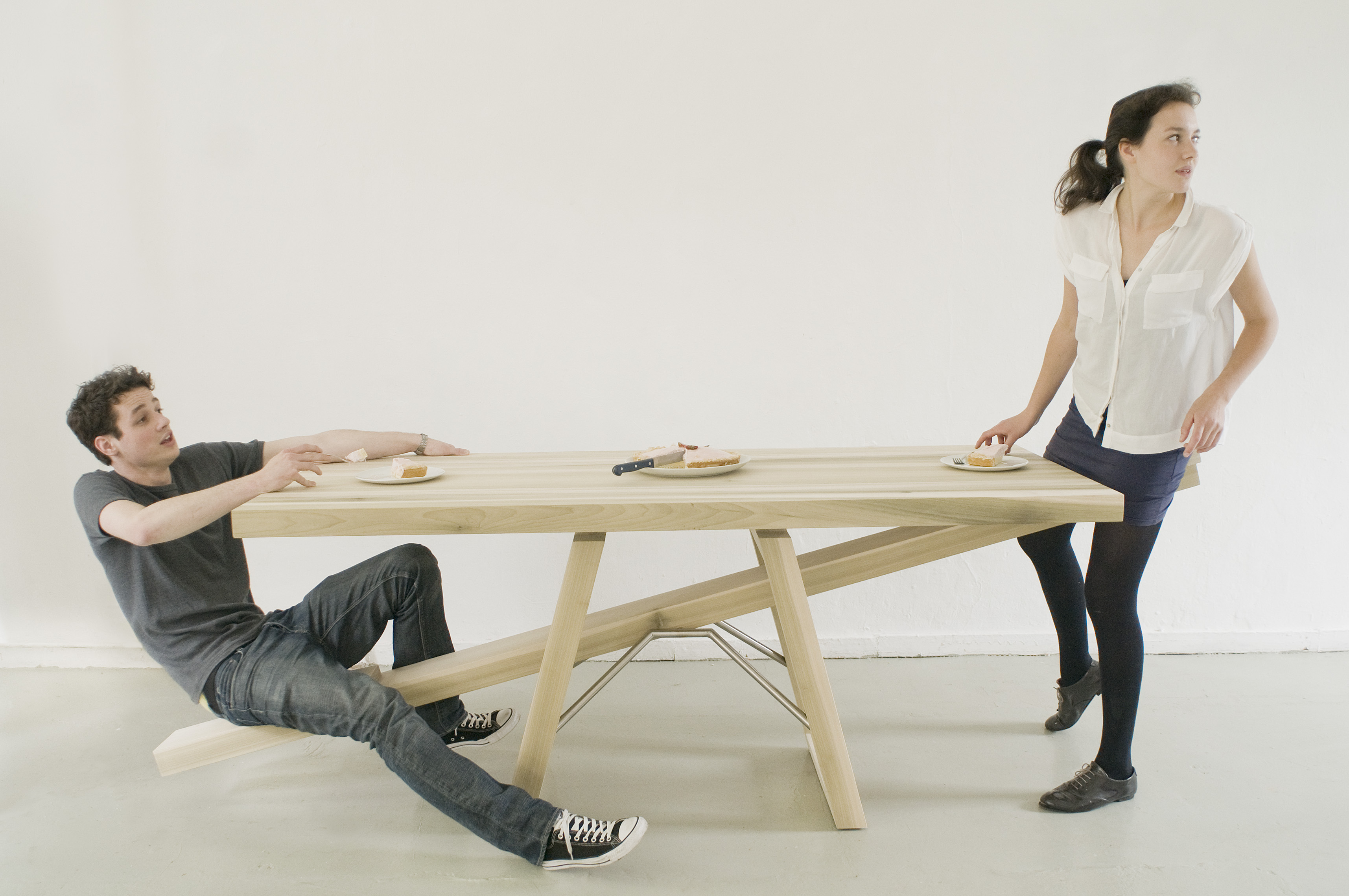 8 whimsical home furnishings that will make you smile for Bizarre coffee table