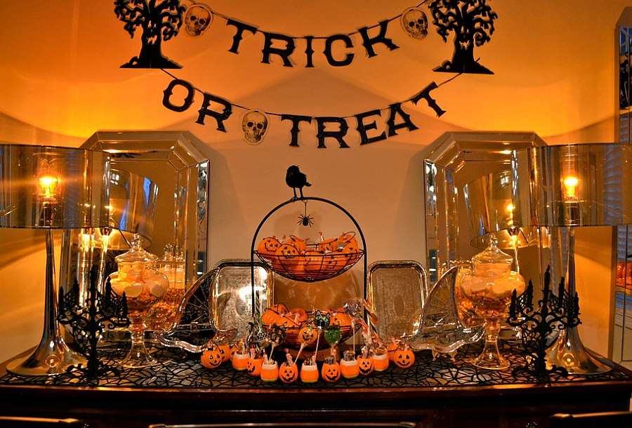 Touch of black and orange for the Halloween 6 Easy Ways To Give Your Home A Quick Halloween Makeover