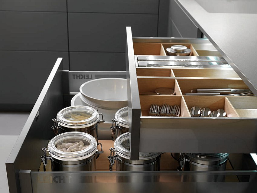 Touch-of-stainless-steel-brings-durability-and-style-to-the-kitchen