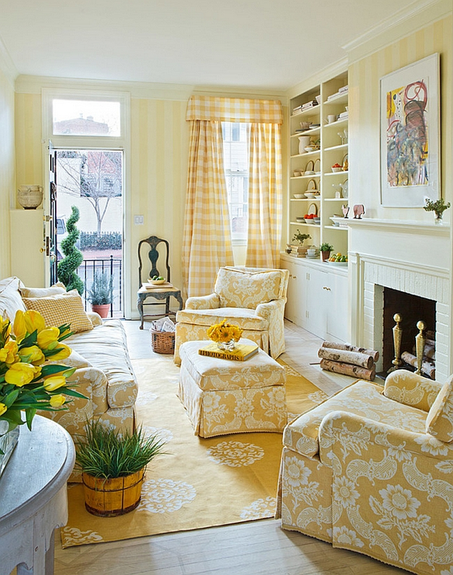 ... Traditional living room with gentle yellow stripes [Design: Mary  Douglas Drysdale]