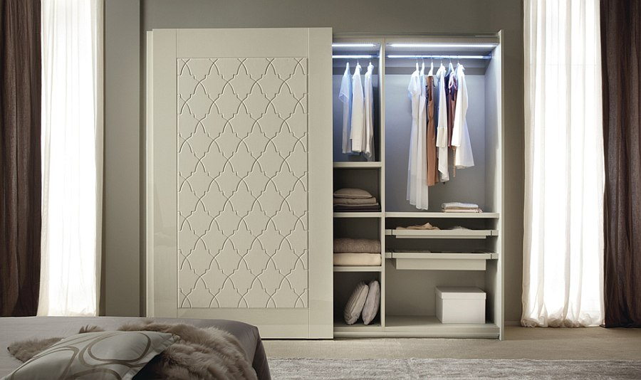 Trendy bedroom wardrobe with a feminine appeal