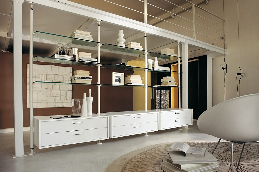 Trendy wall unit with glass shelves in white