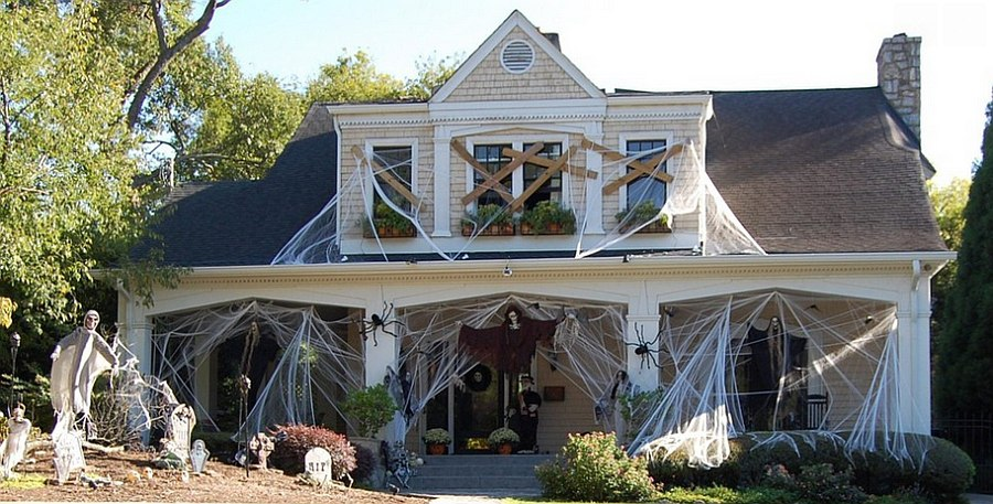 You cannot go wrong with cobwebs as Halloween decorations [Design: Between Naps on the Porch]