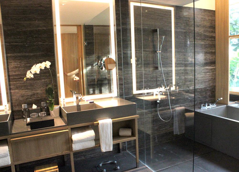 Parkroyal on Pickering Bathroom