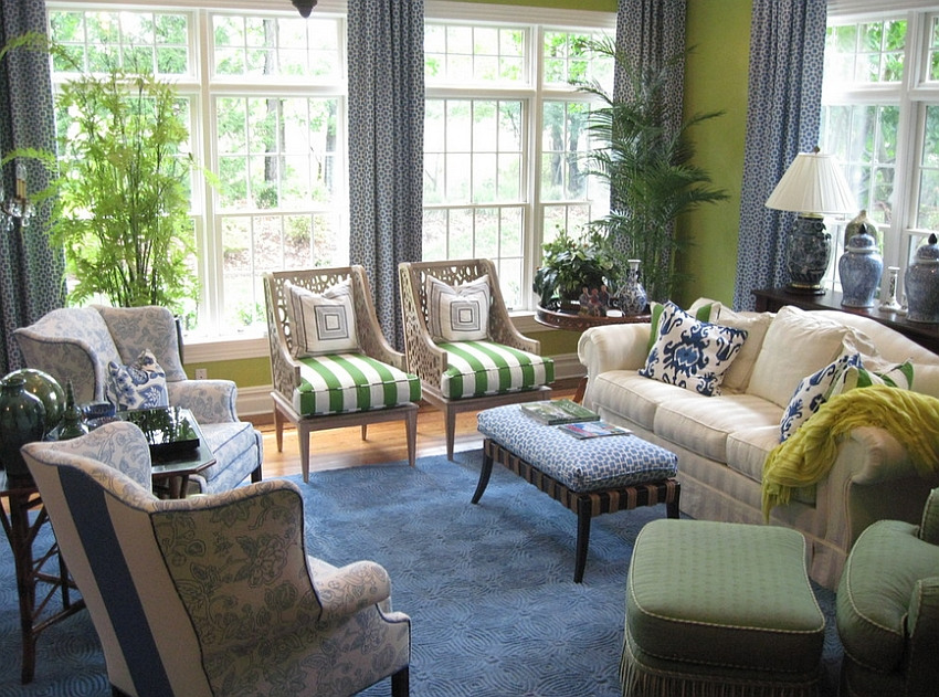 Beautiful blend of blue and green in the living room [Design: My Interior]