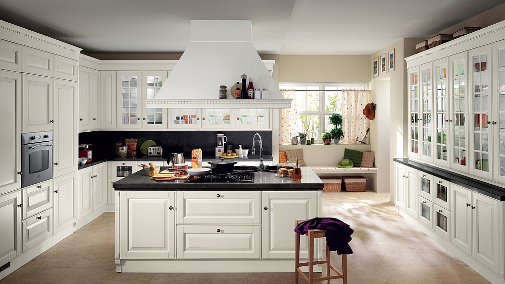 Beautiful blend of classic and contemporary styles in the Baltimora Kitchen