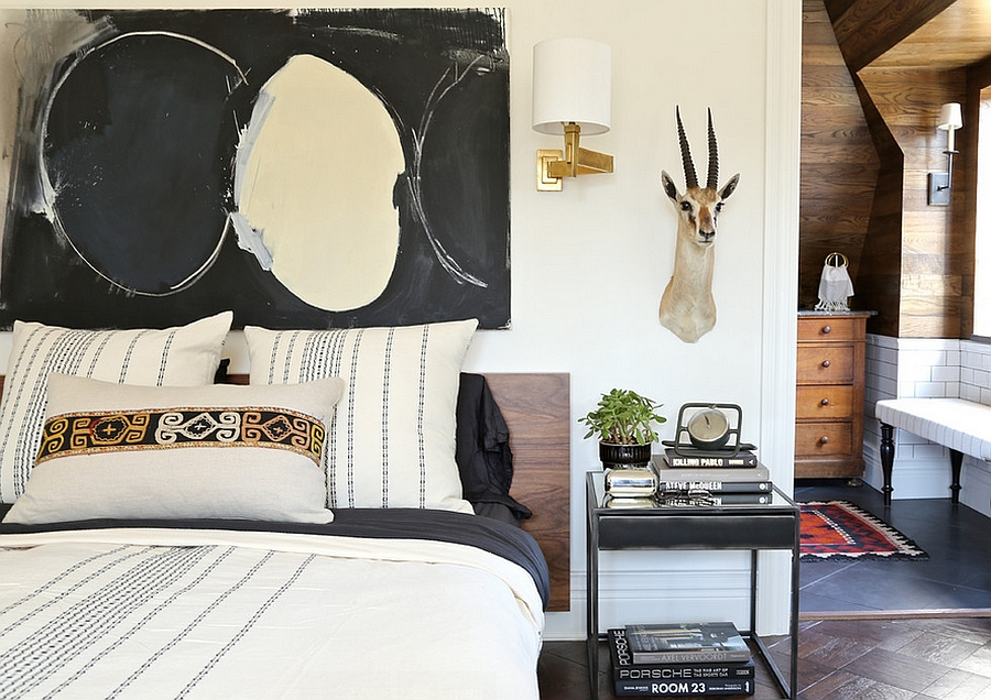 Black is the unifying color of this fabulous bedroom [Design: Summer Thornton Design]