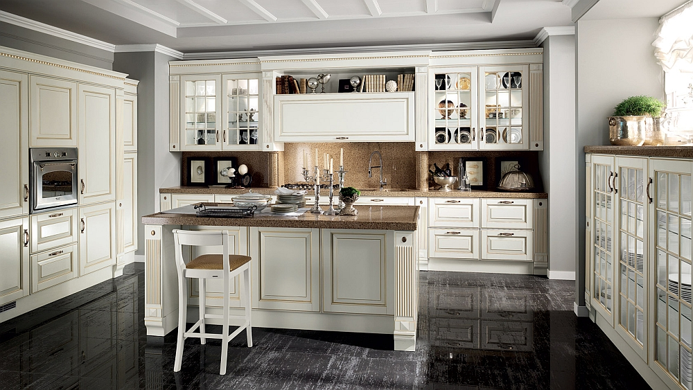 Classic kitchen creates a cozy, family-friendly atmosphere
