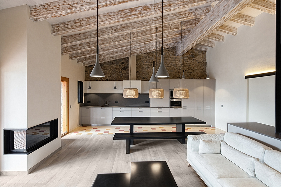 Contemporary interior combined with the rustic heritage of the site