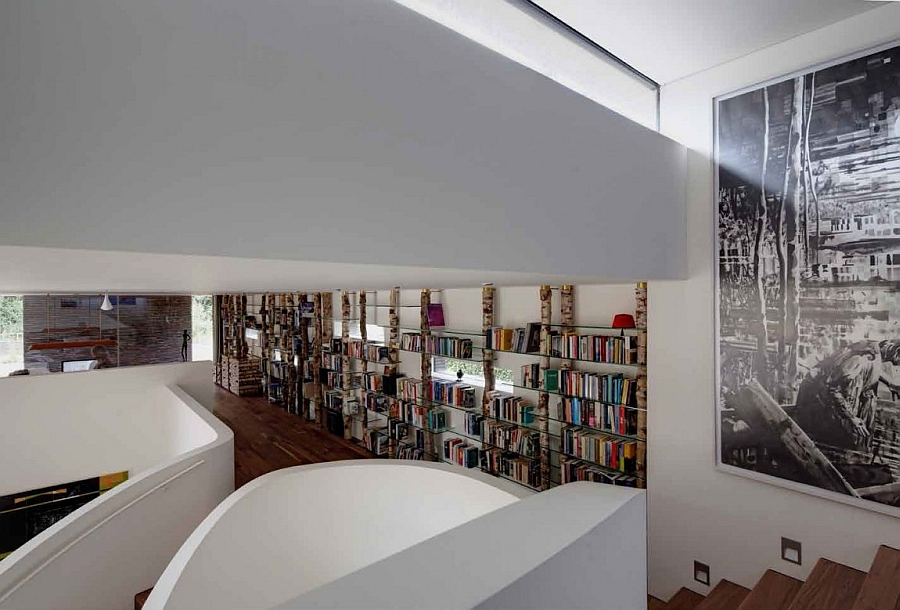 Creative bookcase on the mezzanine level