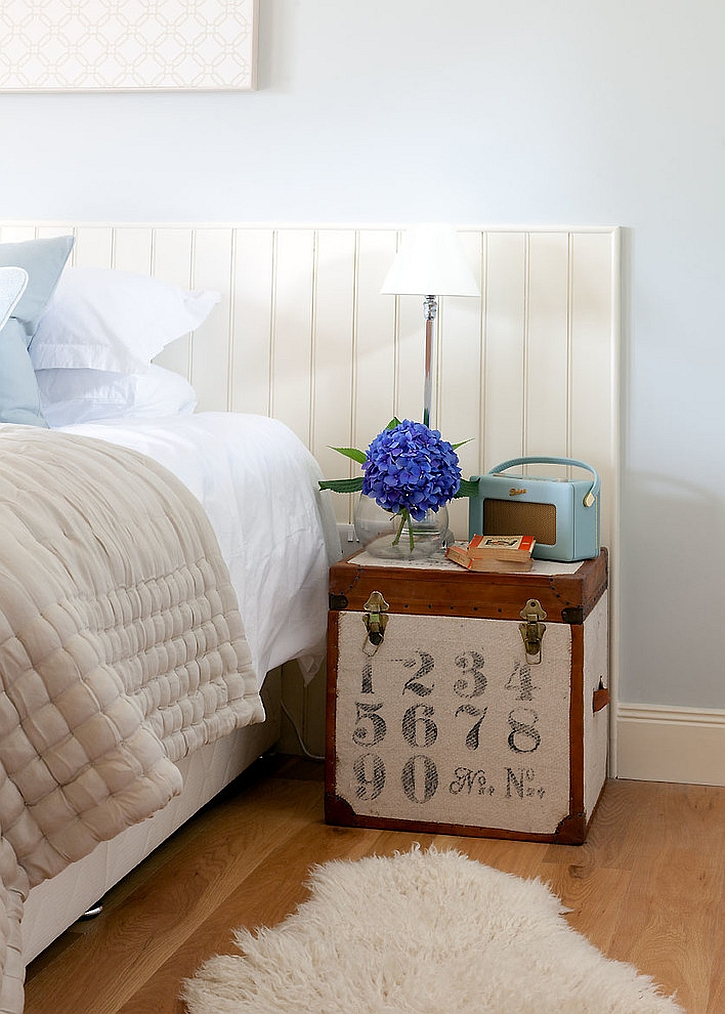 View in gallery Cute little trunk doubles as nightstand [Design: Robertson  Lindsay Interiors]