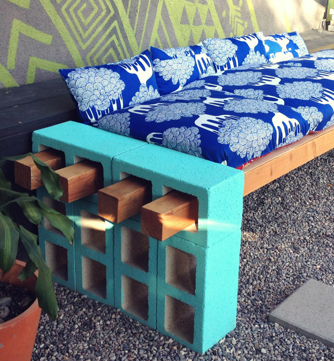 DIY-Cinderblock-Bench-After