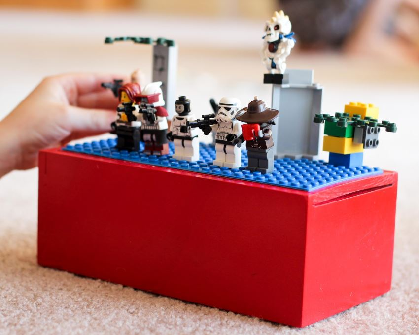 DIY lego travel box from Finley & Oliver