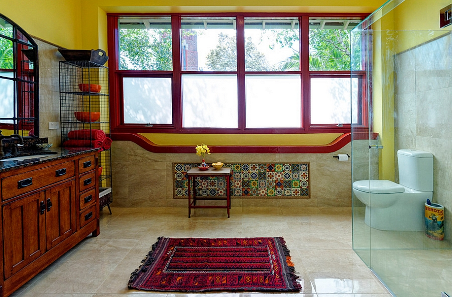Dashing Mediterranean style bathroom in red and yellow [Design: Better Bathrooms & Kitchens]