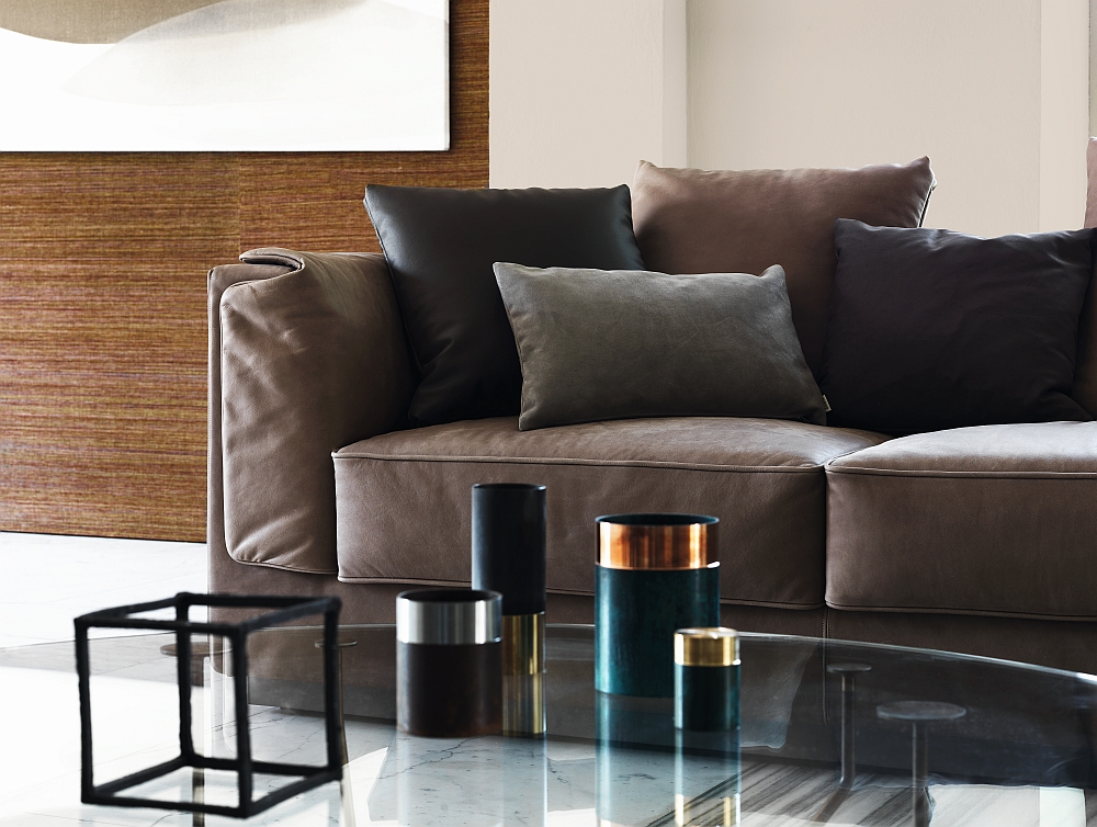 Elegant modern sofas exude style and softness