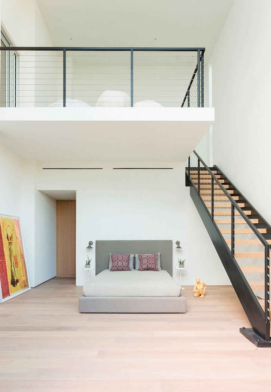 Faro Modern Bedroom Set: Lavish Contemporary Miami Residence With A Coastal Flavor