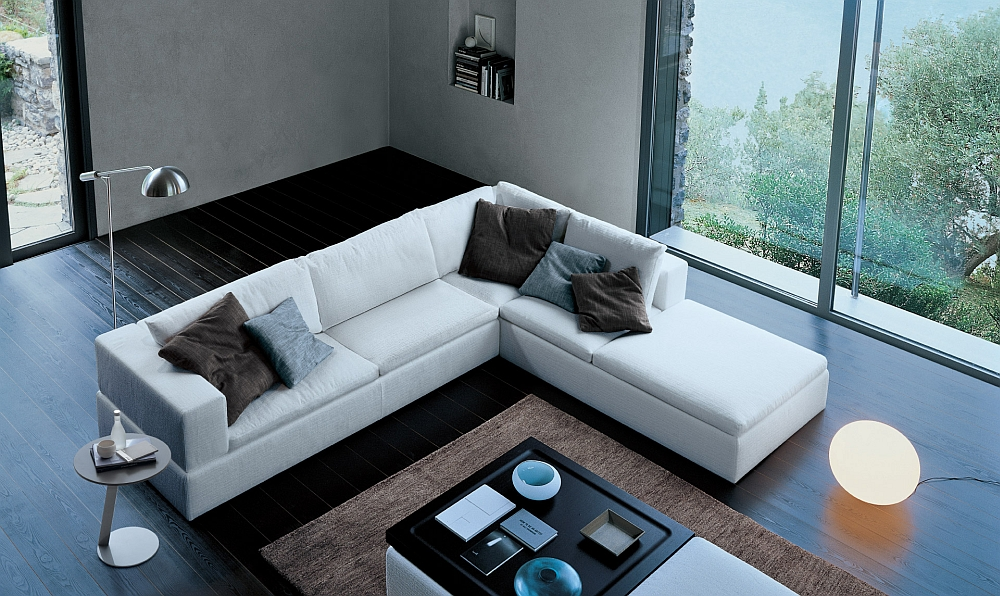 Fabulous sectional sofa in white