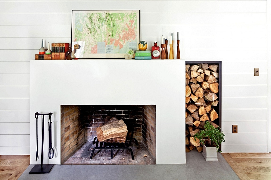 Firewood use as a decorative element in the house