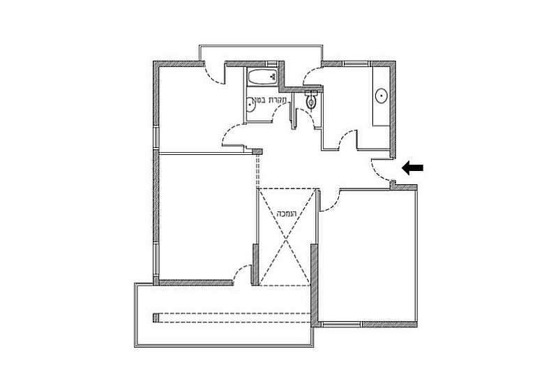 Floor plan of the apartment before renovation