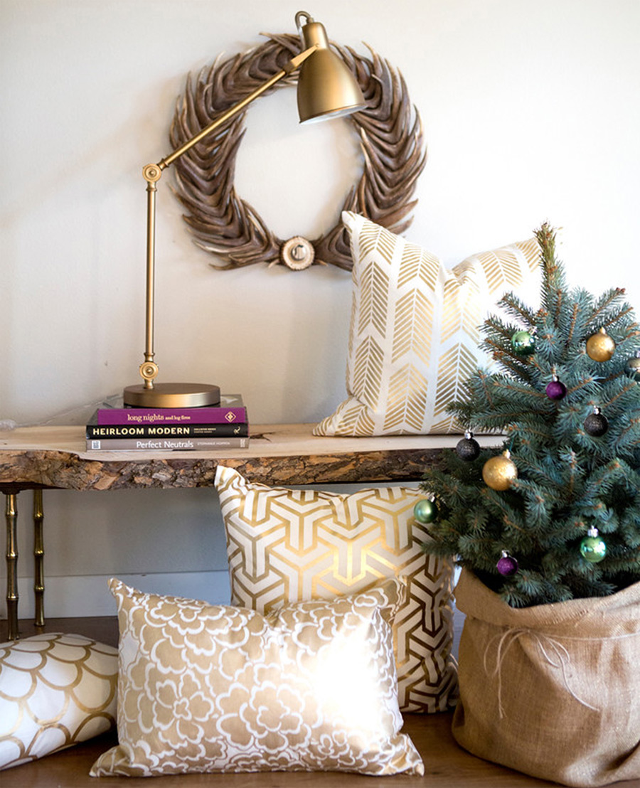 Gold Holiday Accents 8 Ways to Glam up Your Home with Gold Accents
