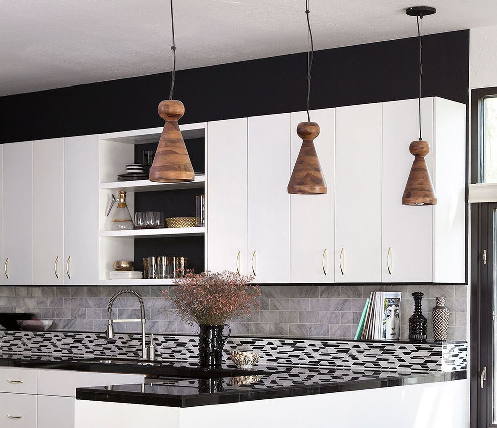 10 sparkling kitchens with open shelving view in gallery gold toned glassware and collectibles on compact open shelving 10 sparkling kitchens with open shelving