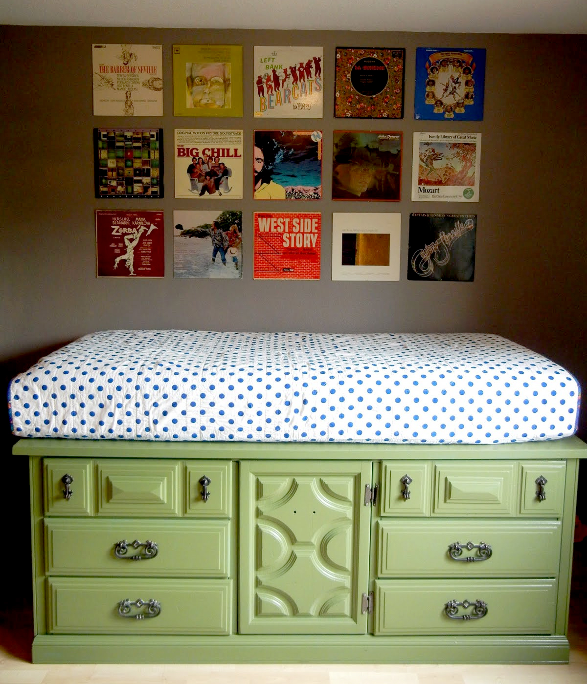 DIY Storage Beds to Add Extra Space and Organization to Your Home