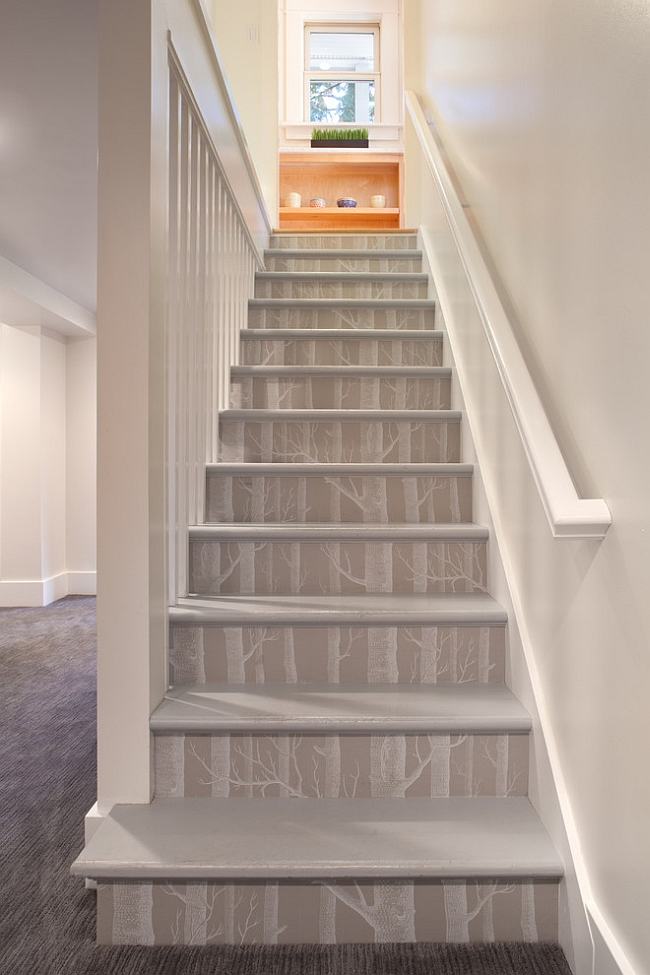 Innovative use of the Woods Wallpaper for the staircase [Design: Vanillawood]