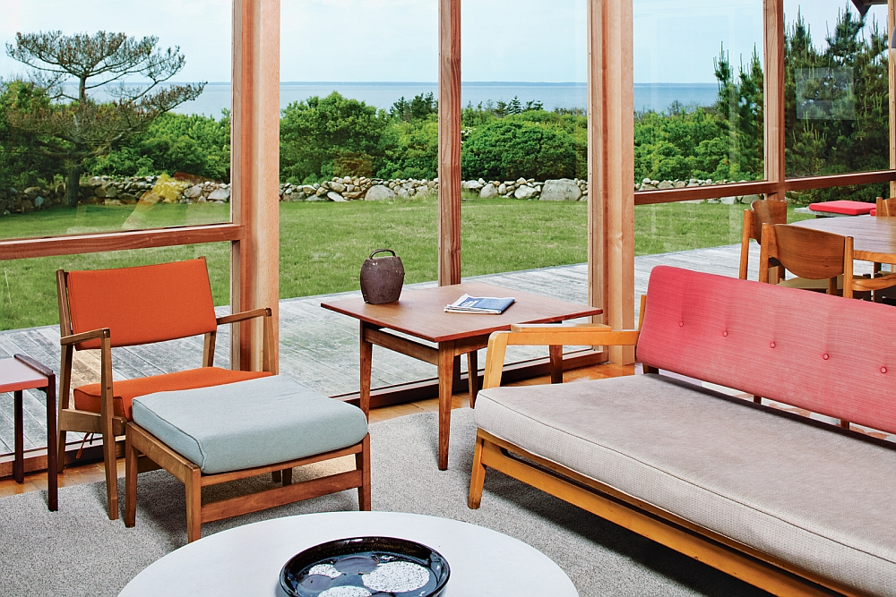 Large glass walls offer unabated views of the scenic landscape outside