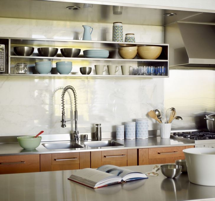 Loft kitchen with stainless steel open shelving