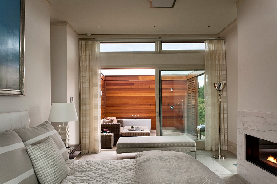 23 amazing inspirations that take the bathroom outdoors Master bedroom with bathtub