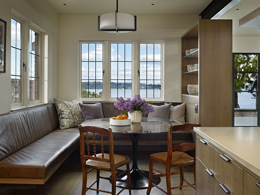 Making use of corner space with a smart banquette