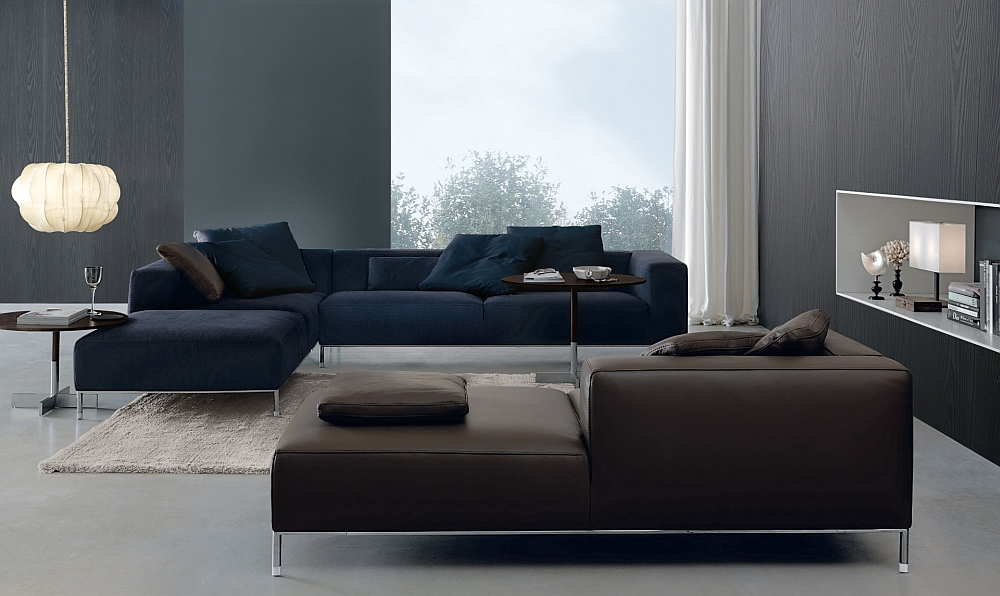 Modern and minimal frame of the Martin couch