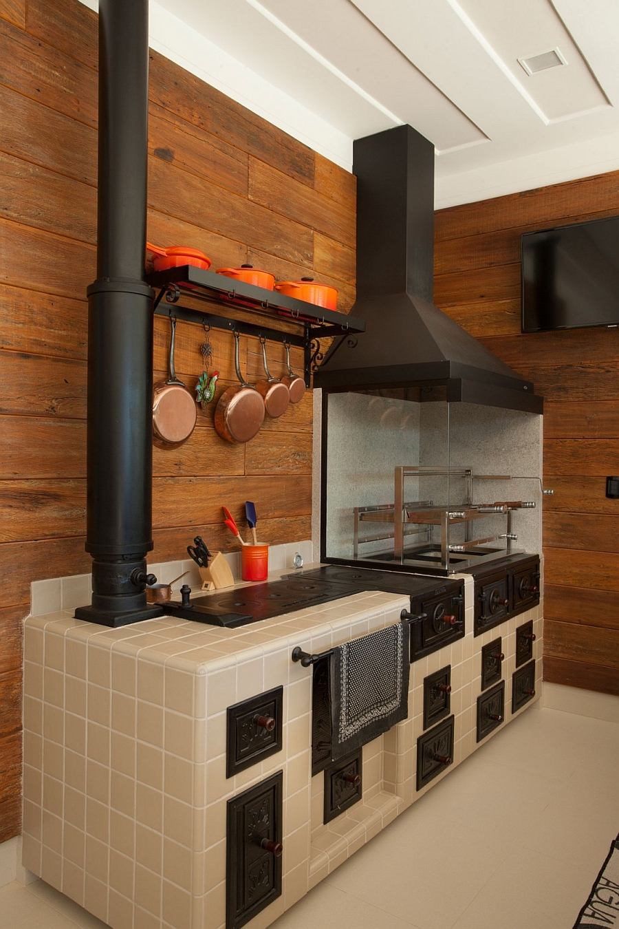 Modern kitchen design with a touch of rustic style