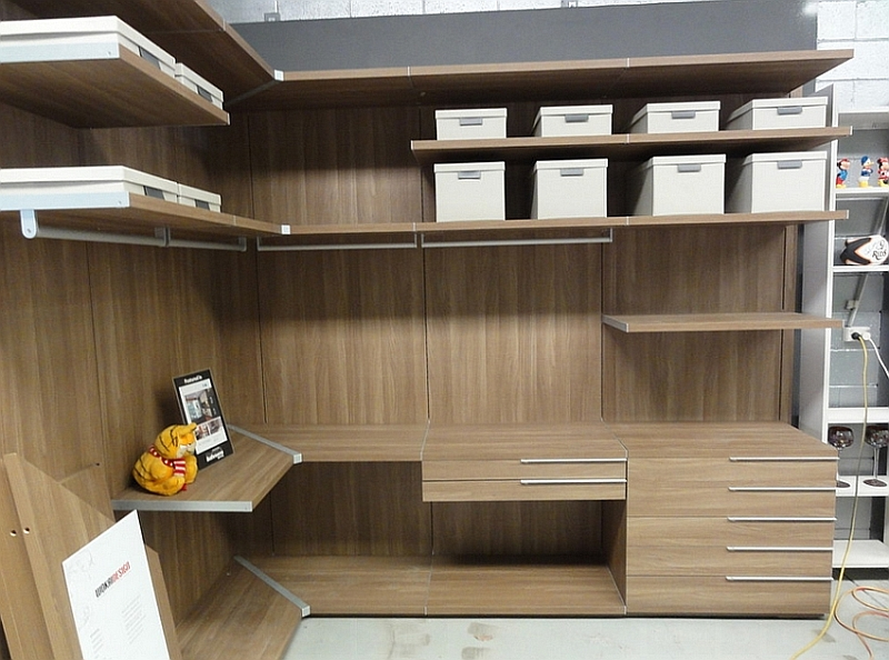 Nicchia open wardrobe in beautiful walnut