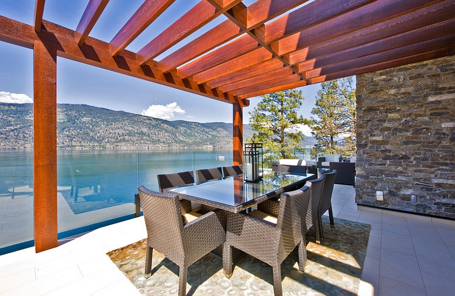 Simple dining space puts the focus on the view outside [Design: Begrand Fast Design]
