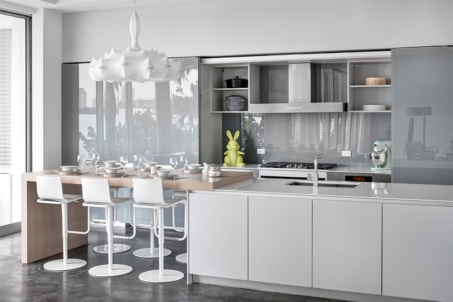 Sleek contemporary kitchen in white and gray