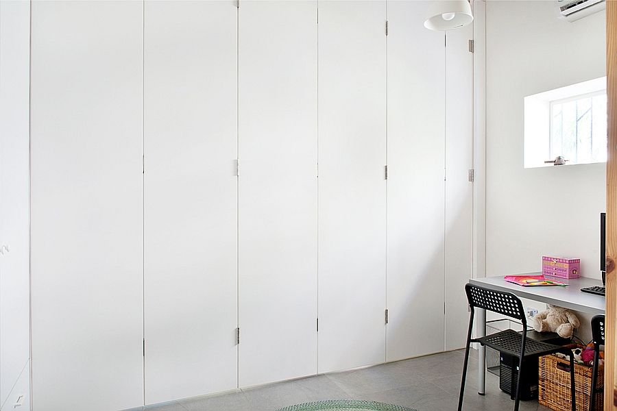 Smart floding partition to create dynamic interiors