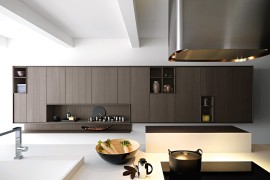 Kalea: Posh Modern Kitchen Offers Versatile Design Solutions