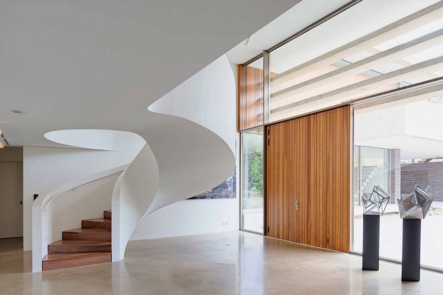 Spiral staircase design for the contemporary home